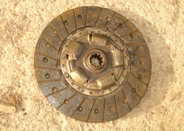 Clutch disk from AMC 196 Jeep CJ hybrid