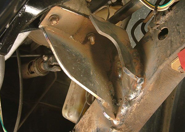 Bracket welded to the frame with MIG process.