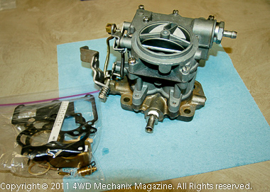Stroker motor would work with Rochester carburetor and an adapter to Clifford or Offenhauser manifold—or at least the Carter BBD manifold.