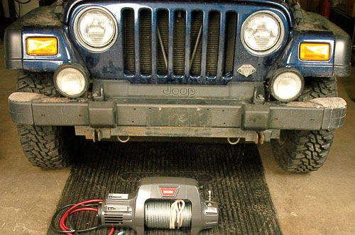 9.5Ti Warn winch fits above bumper line of TJ Wrangler.
