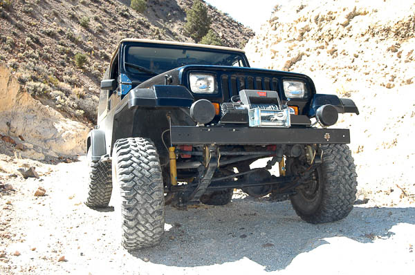 YJ Jeep Wrangler continues tradition of a ladder frame.