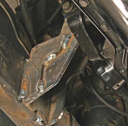 Welding motor mounting brackets on a YJ 4.0L engine swap