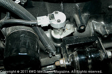 Camshaft position sensor on 2000-up engines