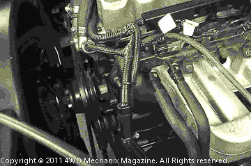 Two-hose YJ 4.0L style fuel rail