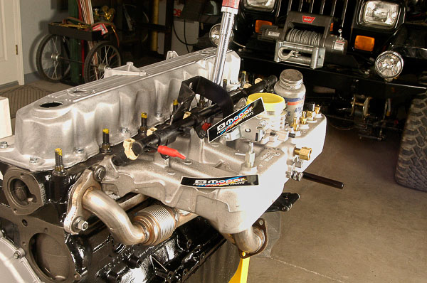 Mopar crate stroker engine accepts the Mopar Performance EFI Conversion manifold.