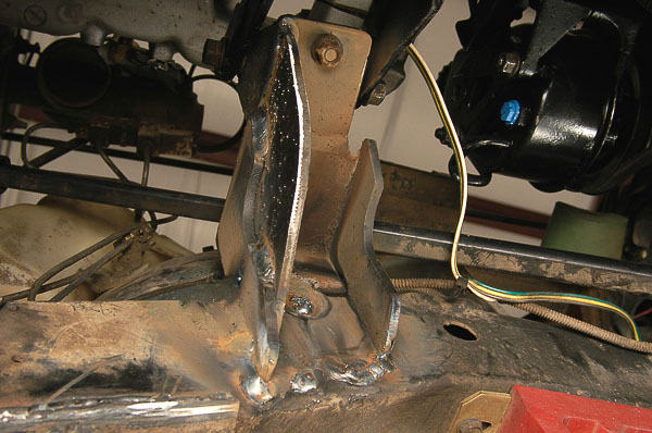 The other Jeep engine bracket installed at right frame rail.