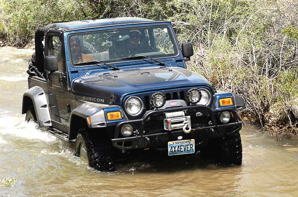 jeep q a yj and tj wrangler fuel spark and emission system moses  tj wrangler rubicon at water crossing