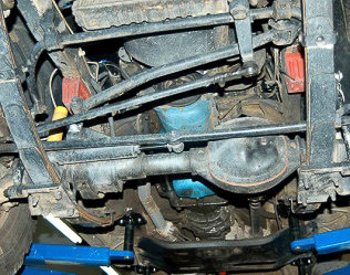 1987-95 YJ Wrangler features the high-pinion, reverse rotation Dana 30 front axle.