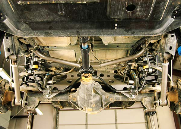 Relationship of FTS rear suspension parts.