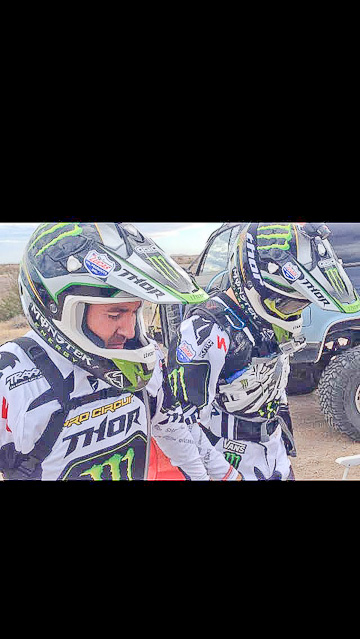 The two motorcycle racers at Mexico
