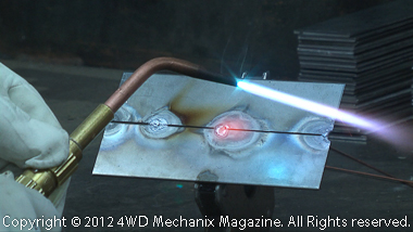 Tack welding with gas