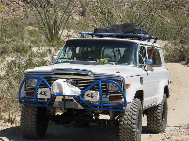 Full size Cherokee at Sheep Canyon 2008
