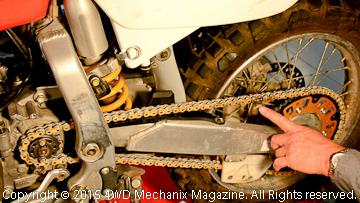 Sidewhip of XR650R worn chain