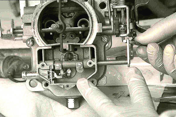 Moses Ludel's 4WD Mechanix Magazine - Rebuilding the Two