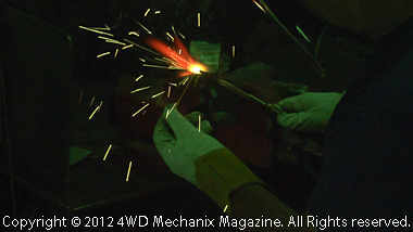 Horizontal overhead gas welding bead with filler