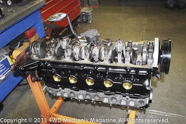 Building a Jeep 4.6L inline six stroker motor