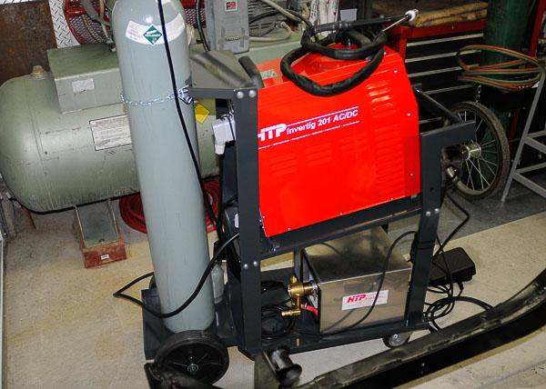 201 Invertig fills up the welding cart deck.