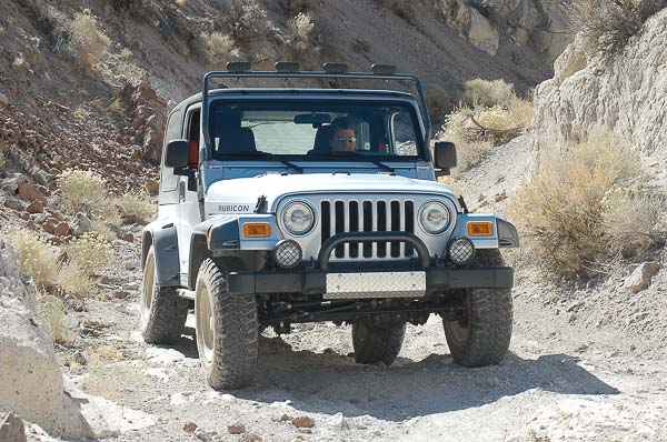 Moses Ludel's 4WD Mechanix Magazine – Moses Ludel Installs Jeep TJ Wrangler Lift Kit
