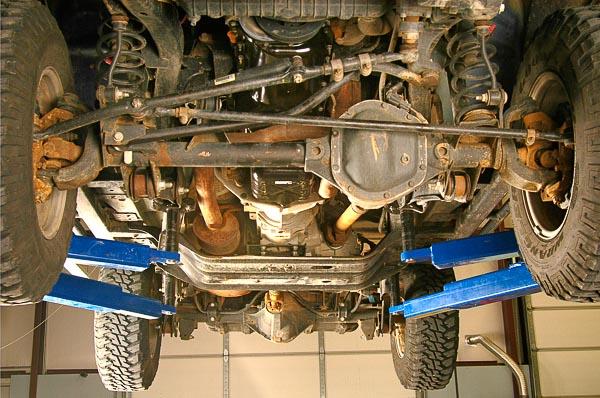 TJ Wrangler Rubicon Edition 4WD suspension system.