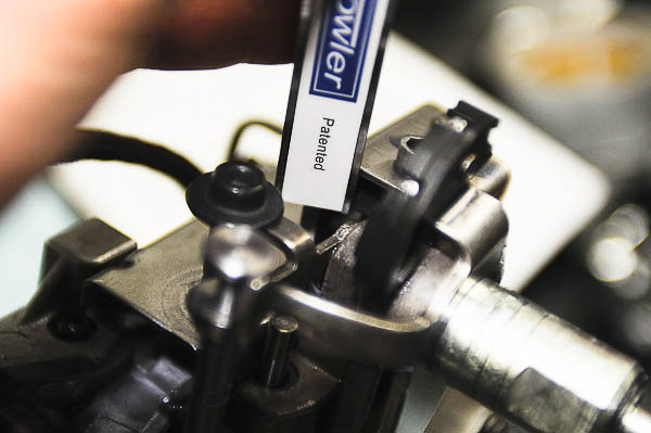 Measure pressure regulator spring height